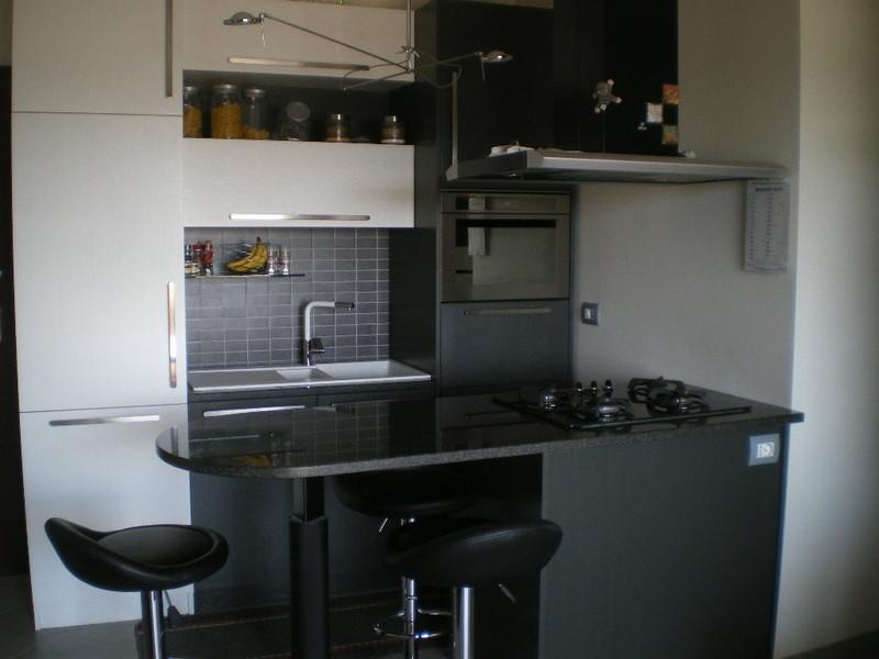 angolo cottura a scomparsa. soggiorno con angolo cottura moderno ...